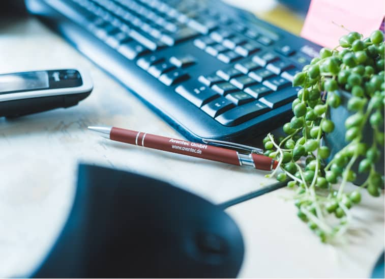Aventec Stift mit Kugelschreiber und Tastatur